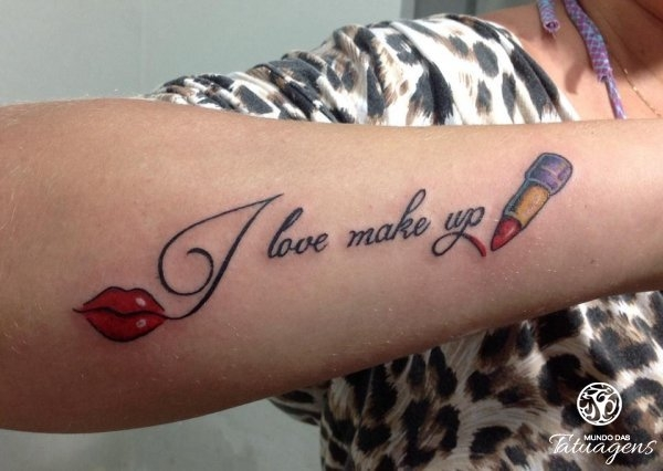 Resultado de imagem para tatuagem feminina de maquiagem